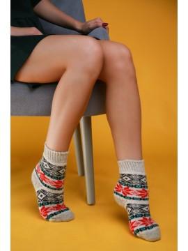 """Женские носки """"Белые с красными узорами"""""""