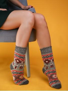 """Женские носки """"Серые с красными узорами"""""""