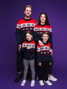 """Семейные свитера """"Новогодний"""" красного цвета"""