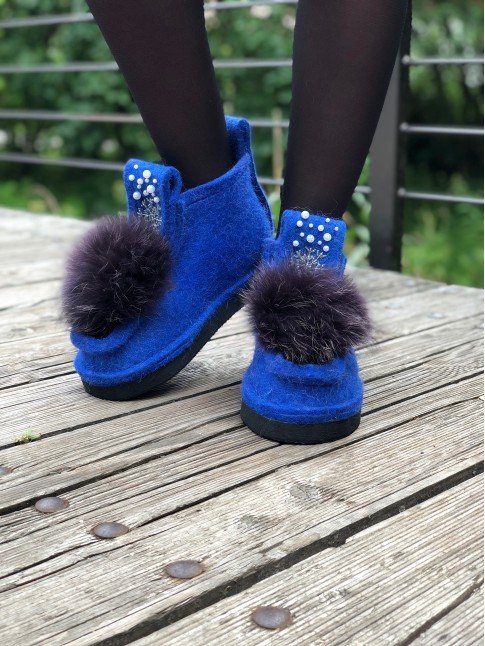 Валеши Синие с помпоном и декором